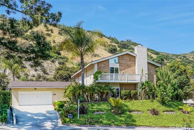 Single Family Home for Rent at 1995 Polaris Drive Glendale, California 91208 United States