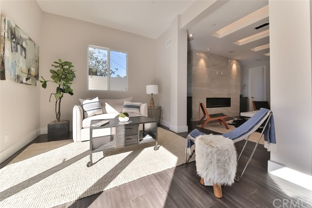 Additional photo for property listing at 1304 18th Street  Manhattan Beach, California,90266 Hoa Kỳ