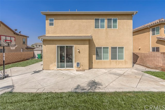 7642 Turtle Mountain Circle, Eastvale CA: http://media.crmls.org/medias/76024868-9820-47df-a743-509e914c1080.jpg