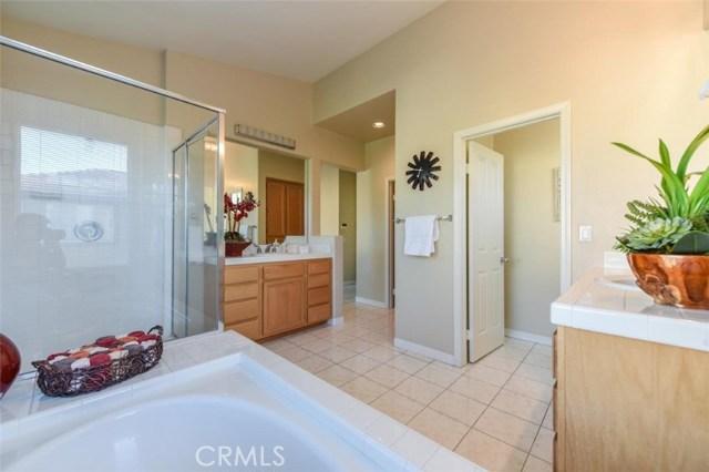 1 Calavera, Irvine CA: http://media.crmls.org/medias/760da549-4046-419e-9723-ab87aeb9fd74.jpg