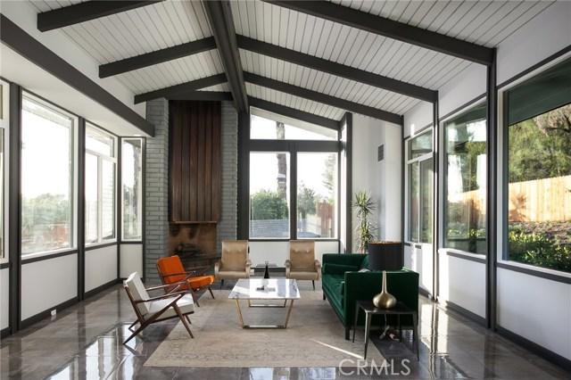 Casa Unifamiliar por un Venta en 8692 Hillcrest Road Buena Park, California 90621 Estados Unidos