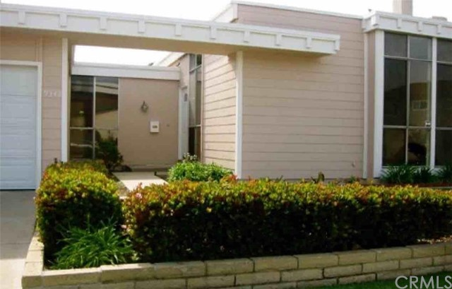 Single Family Home for Rent at 9343 Vista Mesa Cypress, California 90630 United States