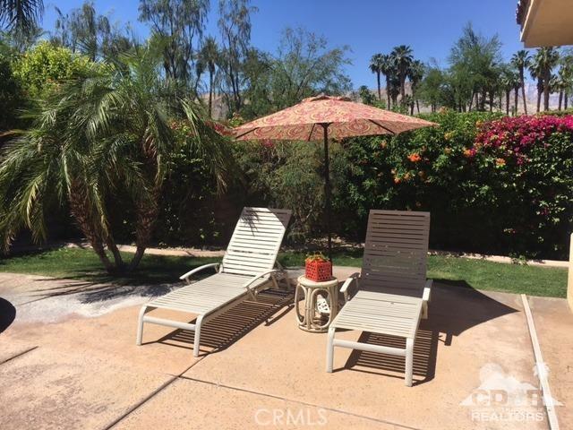 5 Varsity Circle, Rancho Mirage CA: http://media.crmls.org/medias/7627428d-6b24-4657-9917-57db8688c66c.jpg