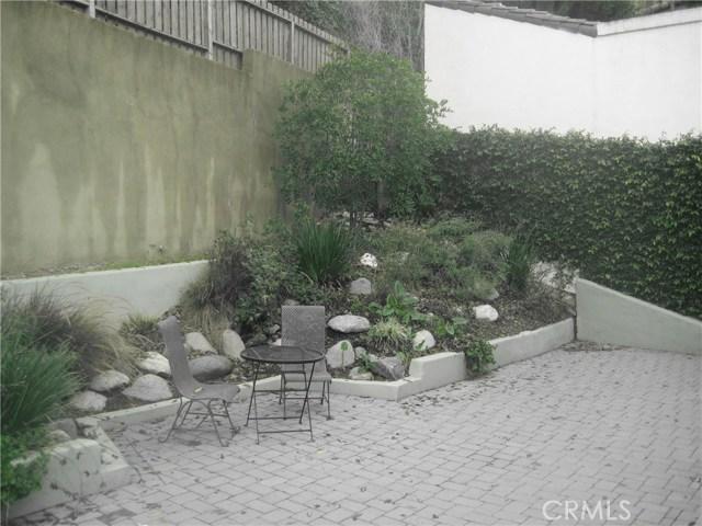 3201 Dos Palos Dr, Los Angeles, CA 90068 Photo 15