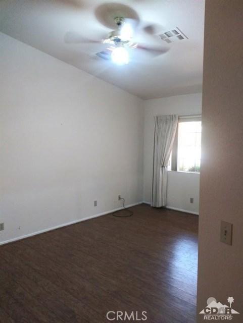 9351 Brookline Avenue, Desert Hot Springs CA: http://media.crmls.org/medias/7632490a-ccf8-4bb4-ba0d-179da5c1e4ae.jpg