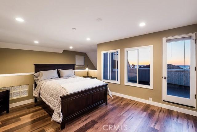 700 Esplanade Unit 33 Redondo Beach, CA 90277 - MLS #: SB18052371