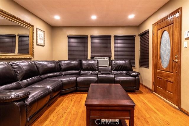 8733 Dalen Street, Downey CA: http://media.crmls.org/medias/763801f4-75ad-4b11-803f-31c68c2541c5.jpg