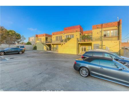 Condominium for Rent at 127 Richmond Street El Segundo, California 90245 United States