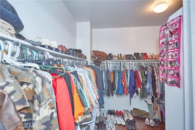 14955 Corlita Street, Victorville CA: http://media.crmls.org/medias/7651ea88-86b0-45eb-b6d9-e34f15f17ce5.jpg