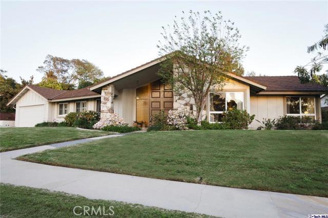 236 La Quinta Drive Glendora CA  91741