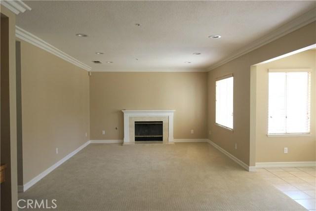 531 Gerhold Lane, Placentia CA: http://media.crmls.org/medias/765e55d1-350e-4e86-8d9a-b18dc017cb5f.jpg