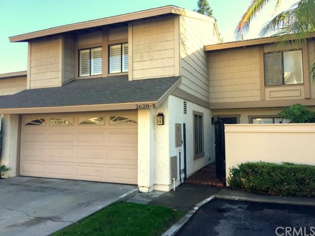 Townhouse for Rent at 2620 North Tustin St Santa Ana, California 92705 United States