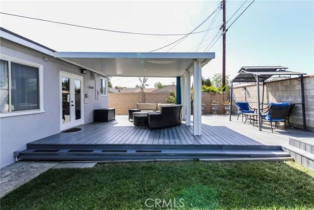 425 W Knepp Avenue, Fullerton CA: http://media.crmls.org/medias/76715b6d-cfb2-4071-a5b2-57a614d0c0a5.jpg