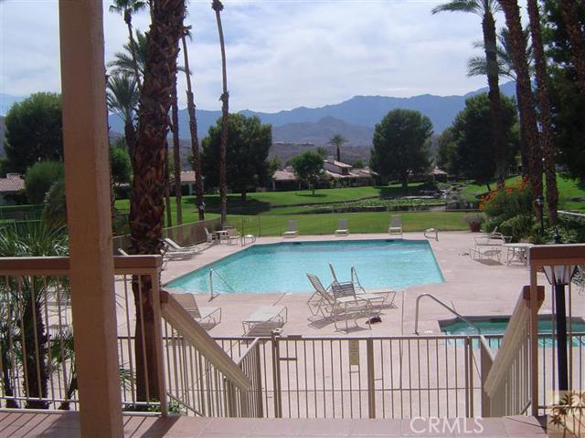 95 Tennis Club Drive, Rancho Mirage CA: http://media.crmls.org/medias/767f468a-6d9d-4145-9b58-0912aa2c156d.jpg