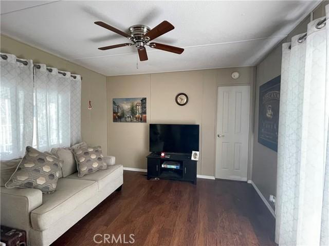 1370 W Grand Avenue, Grover Beach CA: http://media.crmls.org/medias/76903757-da90-4c59-9f34-73e9954f73d0.jpg