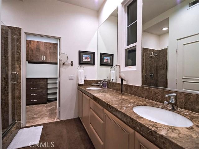 923 S Pacific Street, Oceanside CA: http://media.crmls.org/medias/7693d562-677f-4c5a-a080-045281caad48.jpg