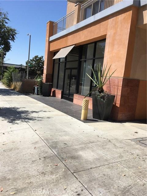 859 N Fair Oaks Avenue, Pasadena CA: http://media.crmls.org/medias/7695d65f-0c87-459a-b2dd-2b08e3b8e8cf.jpg