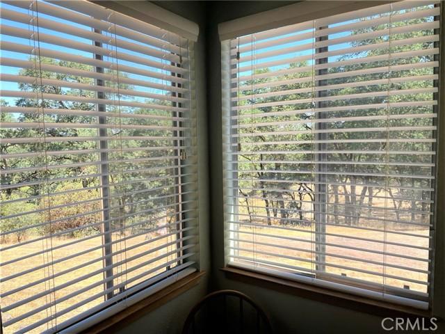 7330 Westlake Road, Upper Lake CA: http://media.crmls.org/medias/769c0e2d-7fba-4db6-9c5e-7ce78be7759f.jpg