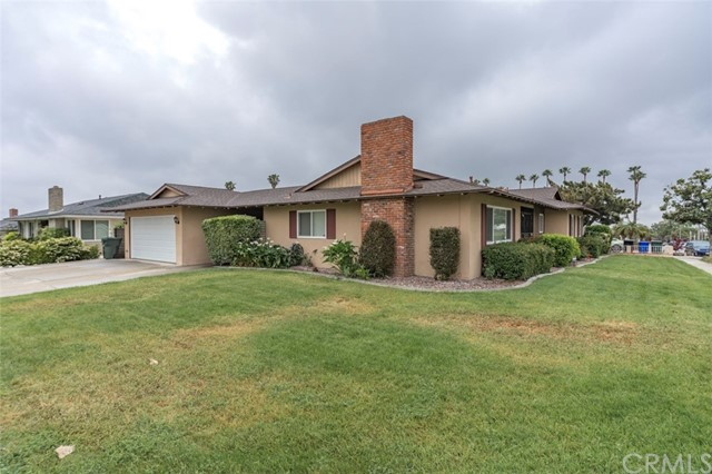 7533 Leucite Avenue, Rancho Cucamonga CA: http://media.crmls.org/medias/76b10706-d8ca-42f3-8f47-9b43d1eb7465.jpg