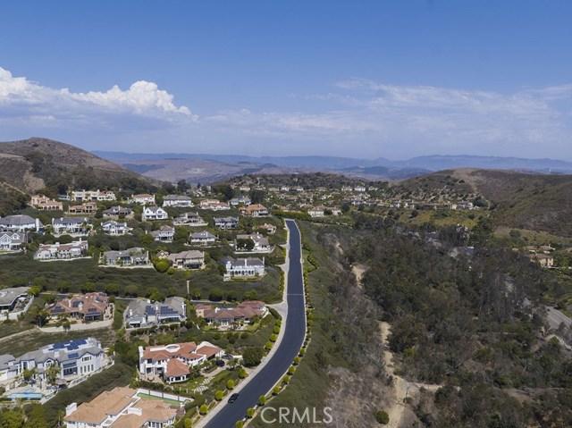 33811 Kinkerry Lane, San Juan Capistrano CA: http://media.crmls.org/medias/76b7398b-7d74-46b7-b801-5e23a0921829.jpg