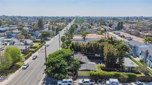 2133 Orange, Costa Mesa CA: http://media.crmls.org/medias/76bcfc06-6602-4b86-84c6-42256f41f7b9.jpg