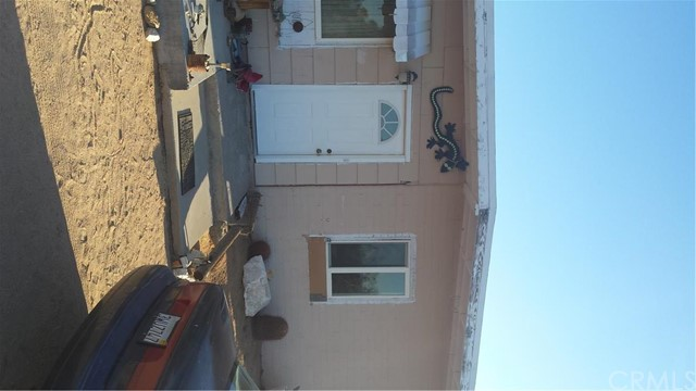 2911 Yucca Mesa Road, Yucca Valley CA 92284