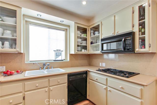 Additional photo for property listing at 6204 Morella Avenue 6204 Morella Avenue North Hollywood, California 91606 United States