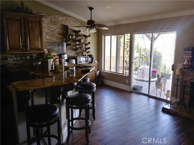 31382 Montgomery Avenue, Nuevo/Lakeview CA: http://media.crmls.org/medias/76c69d3c-5a42-4ae6-a141-c37d6b1f27ff.jpg