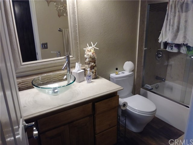 31382 Montgomery Avenue, Nuevo/Lakeview CA: http://media.crmls.org/medias/76cd3aa6-abd6-4853-9f2b-3e7dca613673.jpg