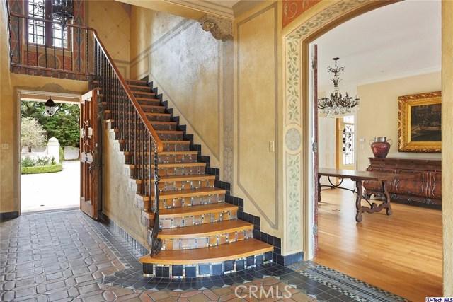 Single Family Home for Sale at 887 Flintridge Avenue La Canada Flintridge, California 91011 United States