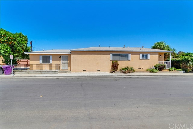 97 W Arbor Street Long Beach, CA 90805 - MLS #: OC18171350