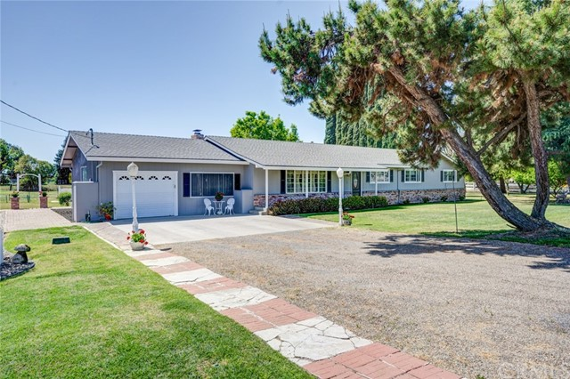 Detail Gallery Image 1 of 40 For 2031 Dunn Rd, Merced,  CA 95340 - 3 Beds   2 Baths