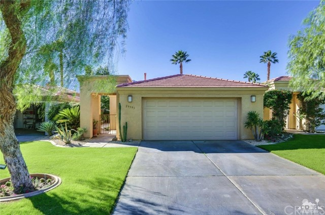 29593 Sandy Court, Cathedral City CA: http://media.crmls.org/medias/76fce947-54ad-4850-a4bc-2d3b13332c23.jpg