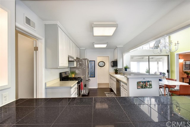 5951 E Oakbrook St, Long Beach, CA 90815 Photo 21
