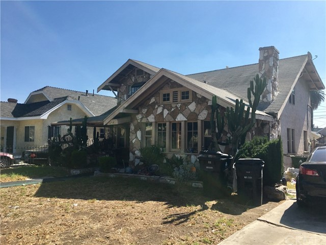 5708 11th Avenue, Los Angeles CA: http://media.crmls.org/medias/77017504-6e58-4049-b79d-8426f4f6c0b9.jpg