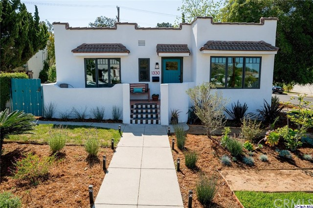Single Family Home for Sale at 1330 Eagle Vista Drive Eagle Rock, California 90041 United States