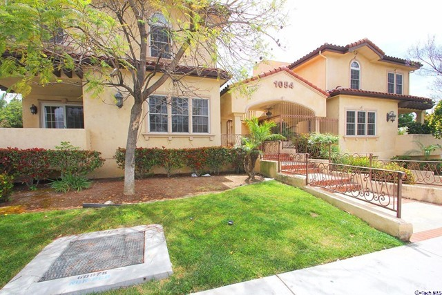 Condominium for Sale at 1054 Western Avenue Glendale, California 91201 United States