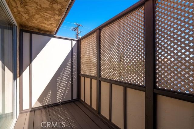 地址: 105 Almansor Street, Alhambra, CA 91801