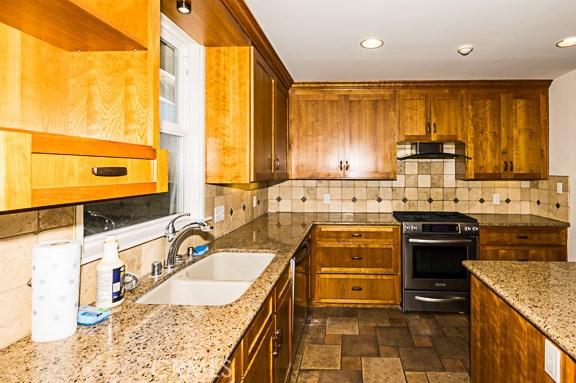 1200 Hastings Ranch Drive, Pasadena CA: http://media.crmls.org/medias/7717e0ba-a8a3-4efd-b819-7bc141cfd07a.jpg