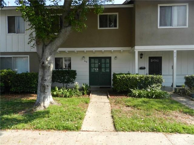 674 E 5th Street 13, Azusa, CA 91702