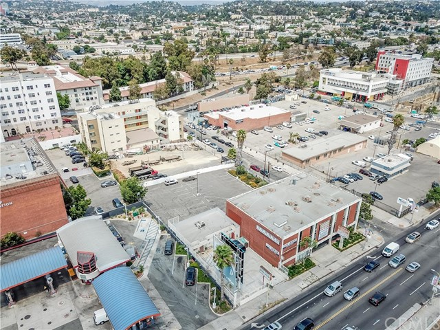 3755 Beverly Bl, Los Angeles, CA 90004 Photo 12