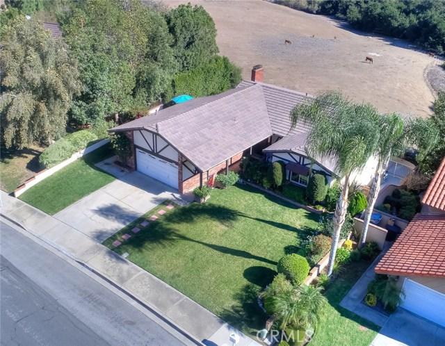 15471 Feldspar Drive, Chino Hills CA: http://media.crmls.org/medias/77312686-0d4d-4b8b-b9f3-55e8ee704f71.jpg