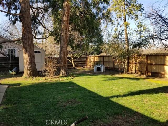 1633 Citrus Avenue, Chico CA: http://media.crmls.org/medias/7742d7fc-d430-491c-88f4-96d5f3905f37.jpg