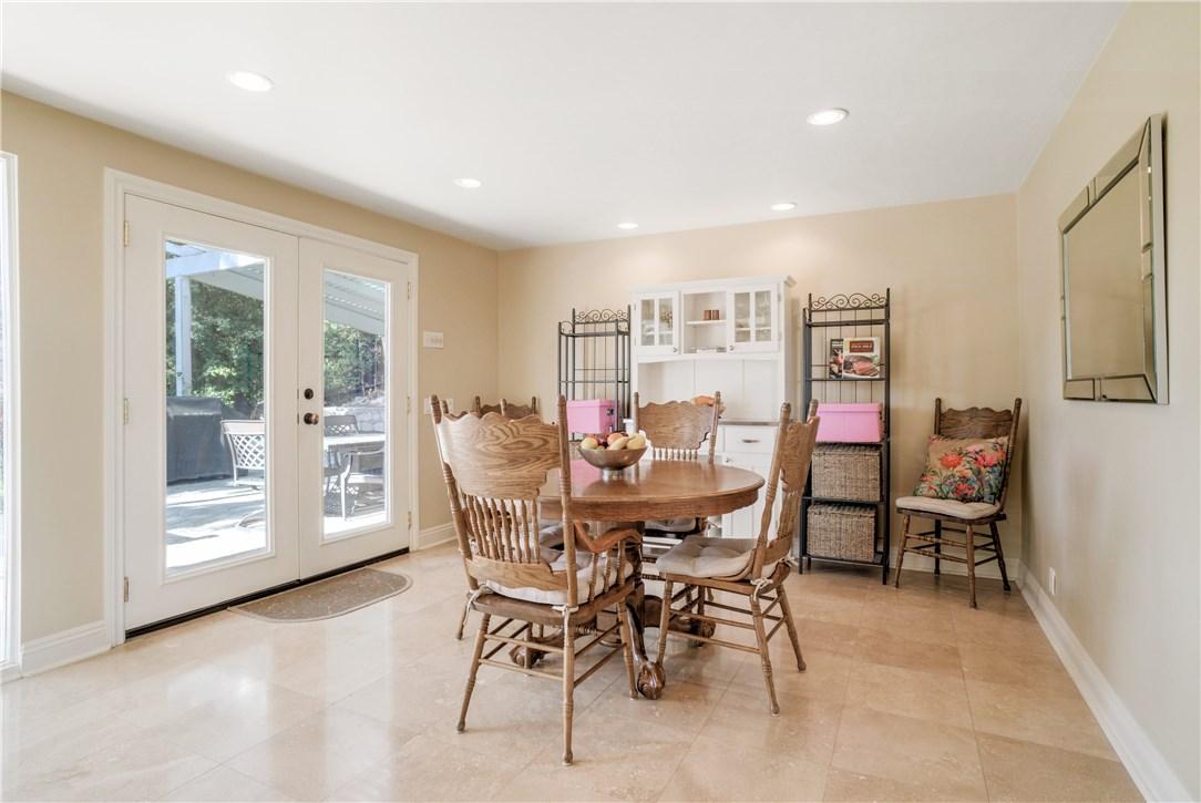 18 Ranchview Road, Rolling Hills Estates CA: http://media.crmls.org/medias/7747c921-49ce-40a7-bb6f-36debddd9776.jpg