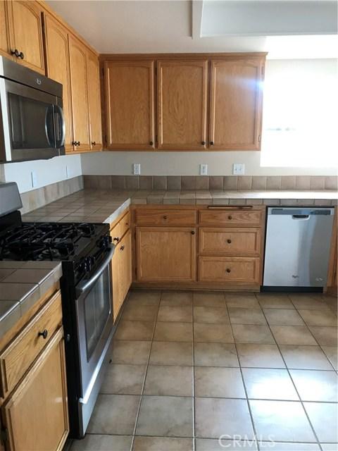 57250 Jarana Court, Yucca Valley CA: http://media.crmls.org/medias/77496f01-df17-4b3c-b760-b0157ebbbbe4.jpg