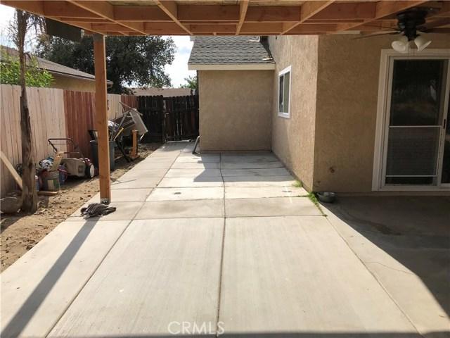 1560 Alta Street, Redlands CA: http://media.crmls.org/medias/7753330e-2550-4257-b1df-a40453e92316.jpg