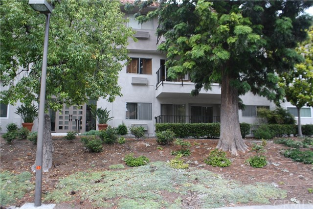 Photo of 2369 Via Mariposa #1F, Laguna Woods, CA 92637