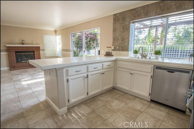 12 Cascada, Rancho Santa Margarita CA: http://media.crmls.org/medias/776622c4-07ff-4eb3-b87c-65a7ad91592e.jpg