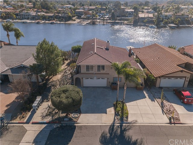 30283 Cove View Street, Canyon Lake, CA 92587