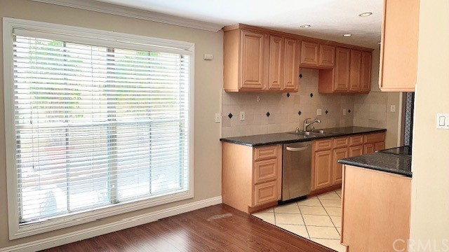 585 W Duarte Road, Arcadia CA: http://media.crmls.org/medias/776cbb4d-297e-40cd-8989-e7edfc5ab0f8.jpg